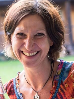 portrait der Künstlerin Rima Meyendorf